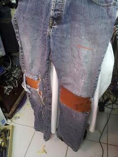 Pantalon Post Apocalyptique, Vue d'ensemble devant