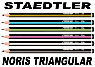 STAEDTLER Noris Triangular merupakan pensil terbaik yang disarankan penggunaannya untuk anak karena memiliki berbagai kelebihan.