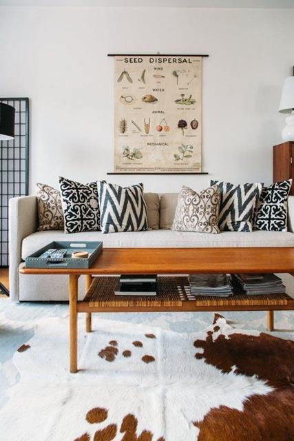 combinar almofadas no sofá