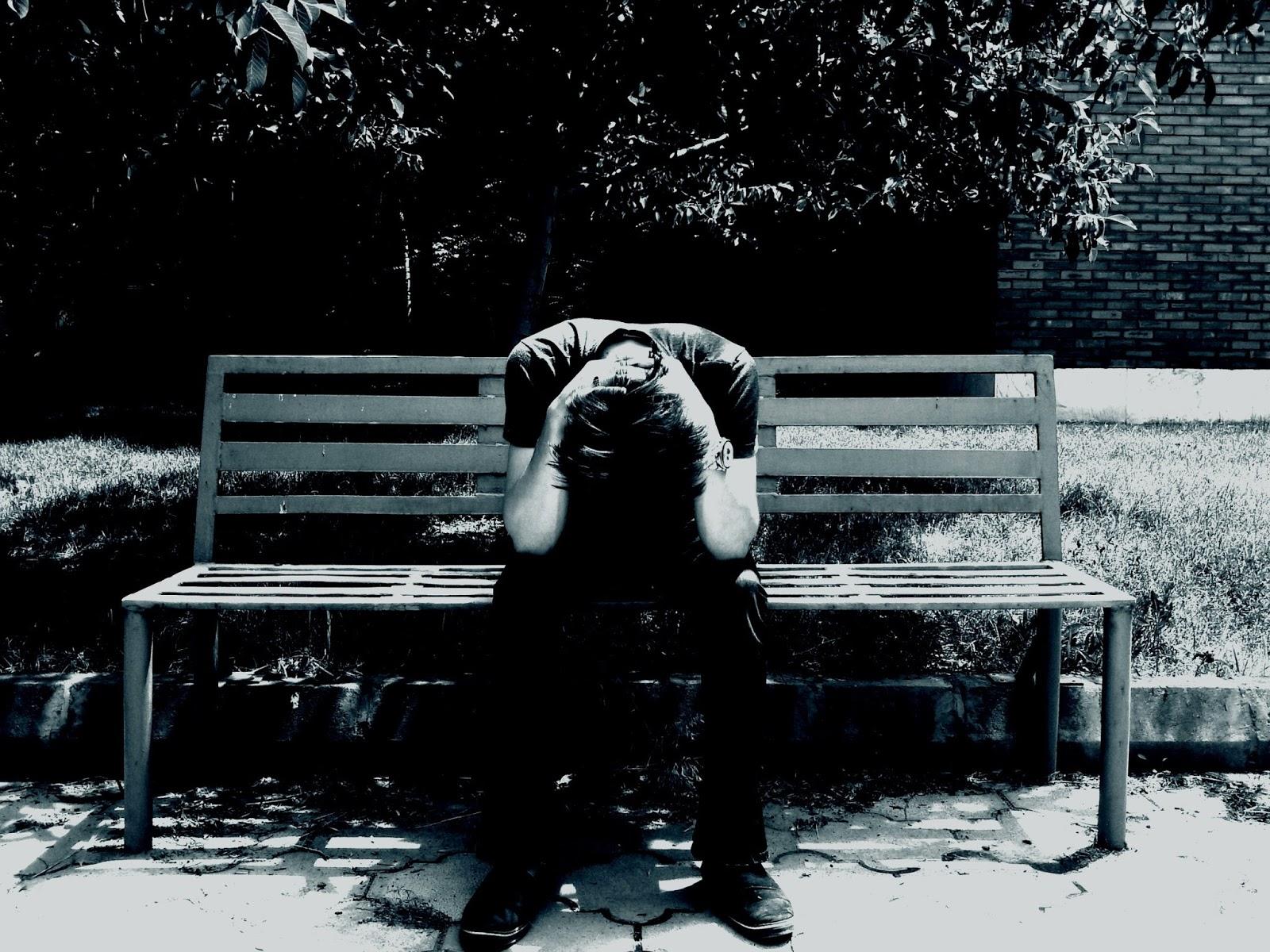 Imágenes Y Fotos De Hombres Tristes 5 Imágenes Para Whatsapp Y