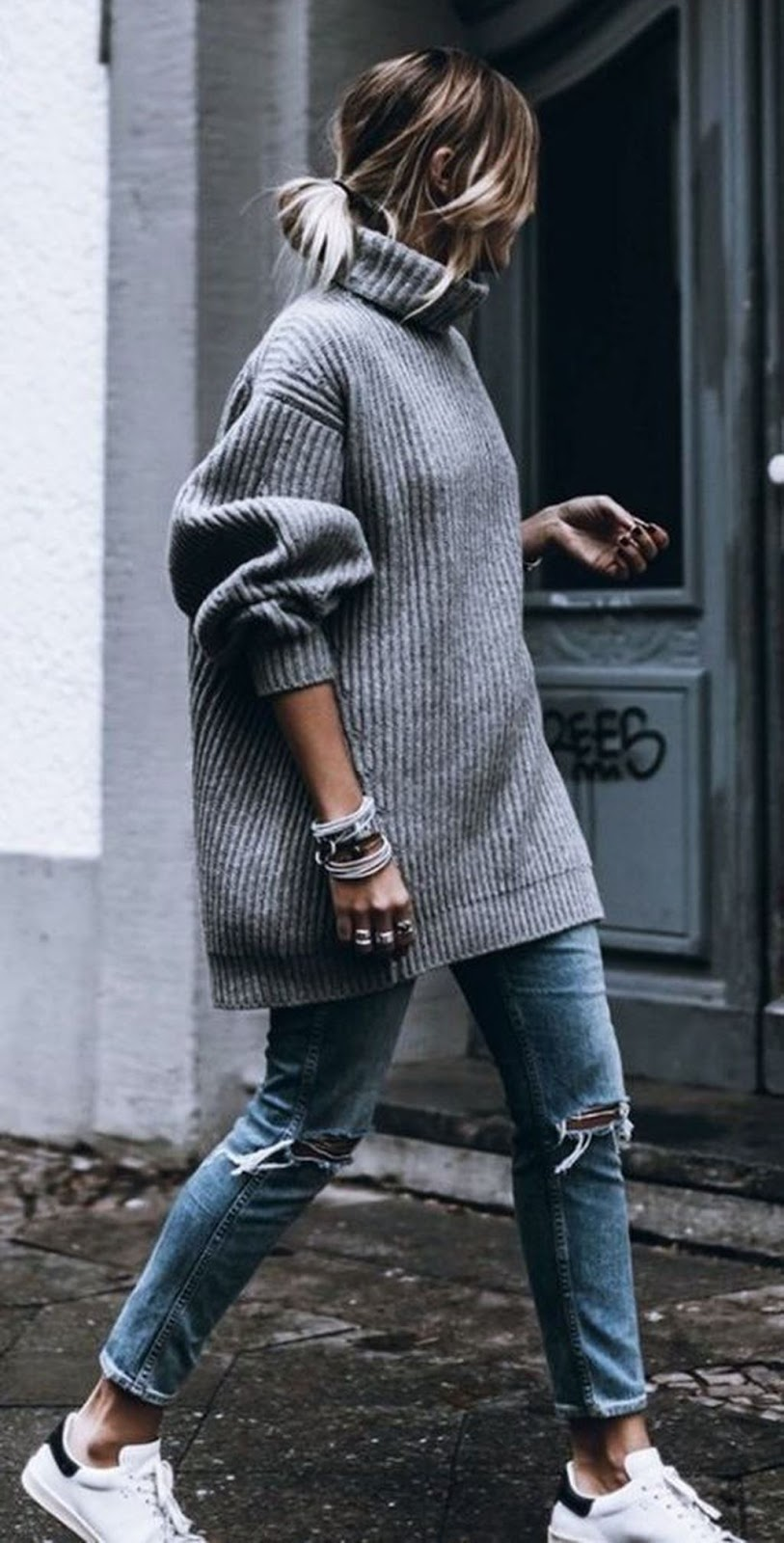 Cute Winter Outfit with Sneakers 2018