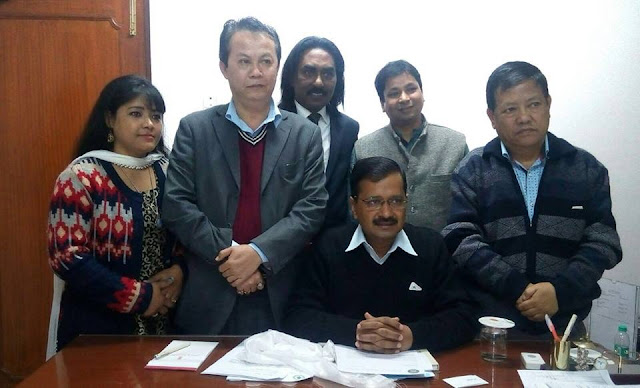 Supporting the formation of small states we also support the demand for Gorkhaland - Arvind Kejriwal
