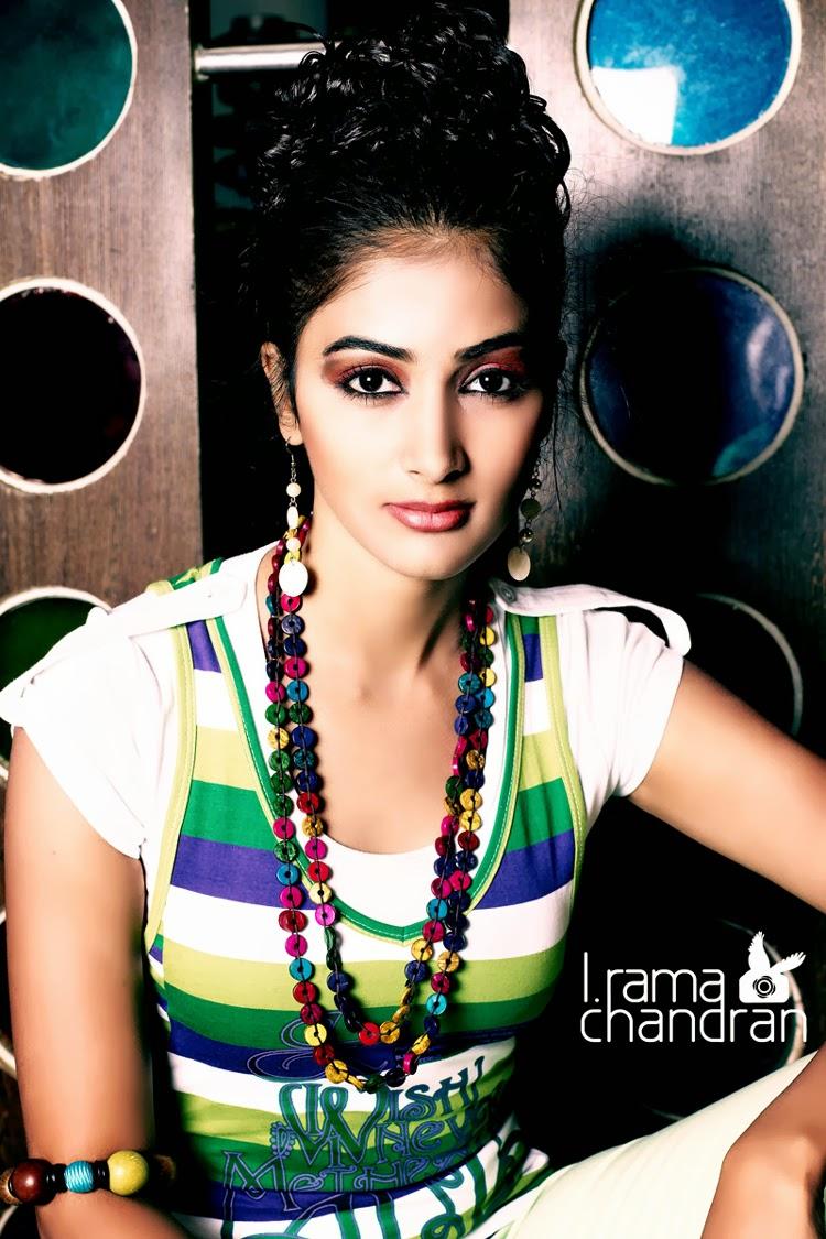 16, Pooja Hegde PhotoShoot Pics