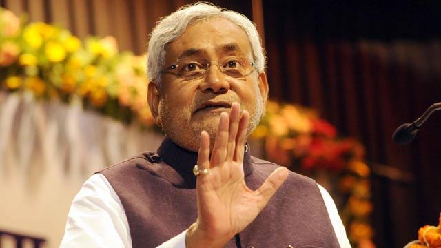 भारत में कैशलेस अर्थव्यवस्था संभव नहीं - नीतीश कुमार