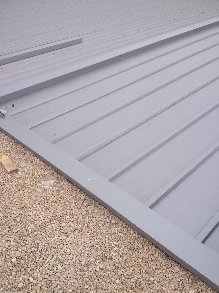 Chapa galvanizada para cerramientos baratos de tejados for Tejados de chapa