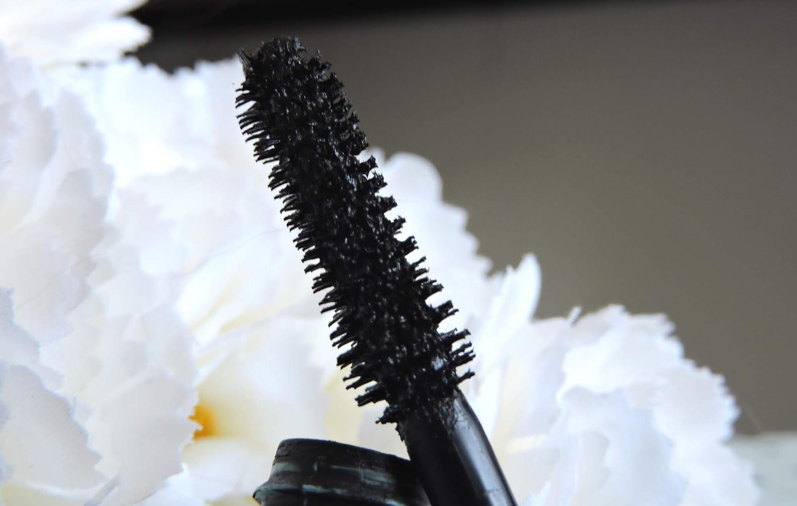 brosse mascara paradise extatic voluminous black waterproof l'oréal paris