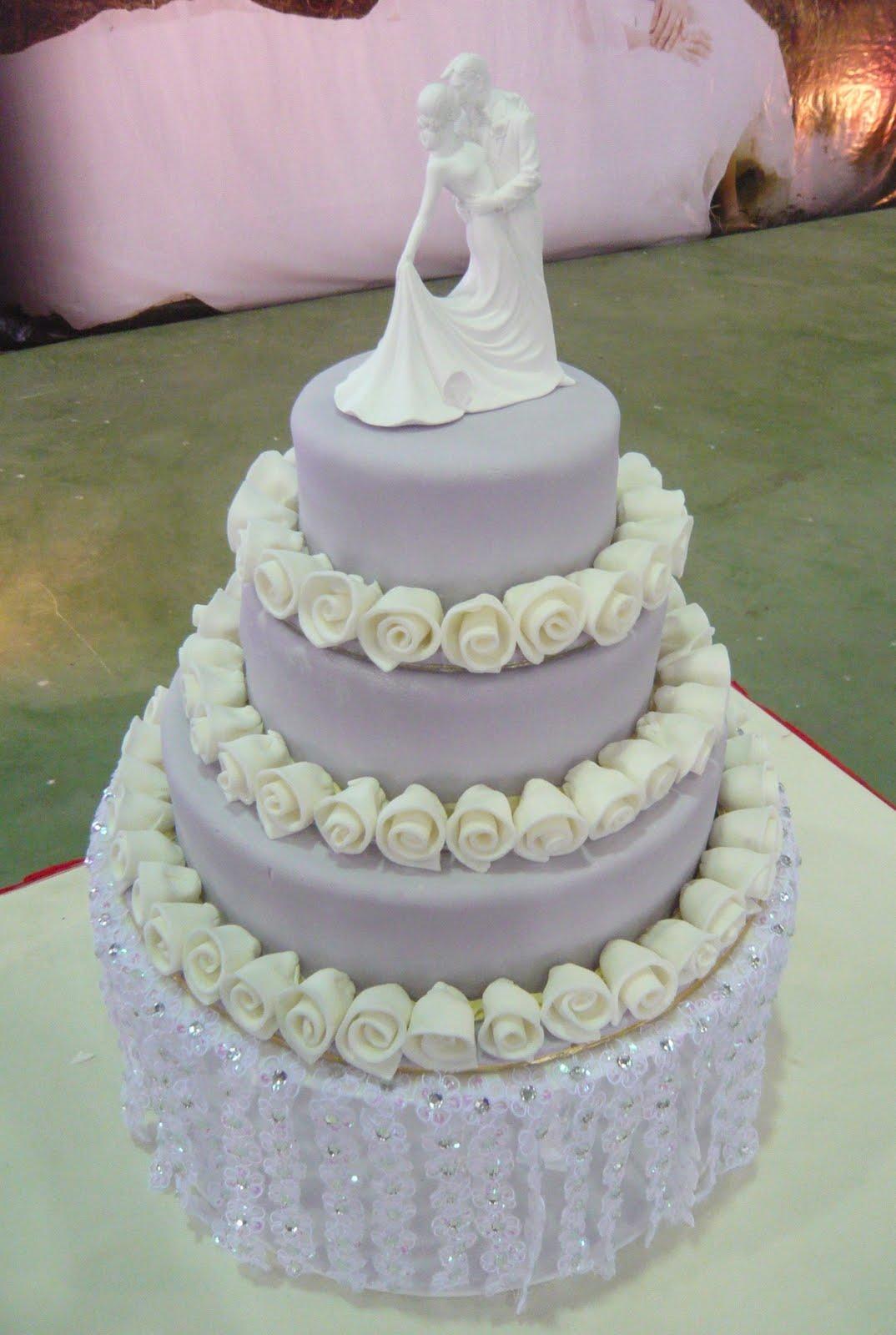 Jenn Cupcakes Amp Muffins Waterfall Wedding Cake