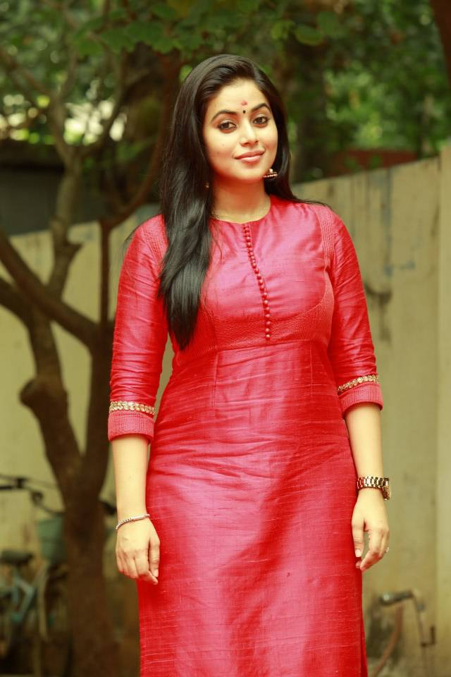 Kollywood Hot Actress Poorna Stills In Red Dress