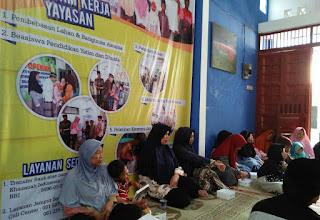 anak yatim yayasan mukhti khazanah indonesia