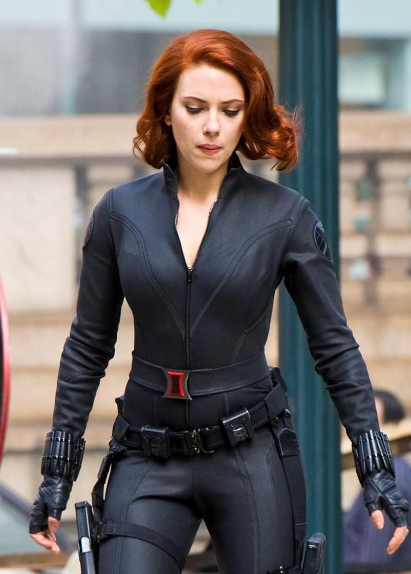 Hot Scarlett Johansson Wllpaper: The Avengers Scarlett