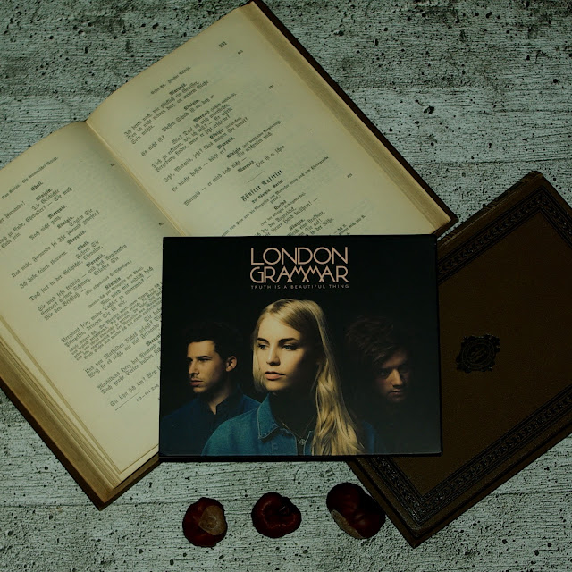[Music Monday] London Grammar - Truth Is A Beautiful Thing (Deluxe)