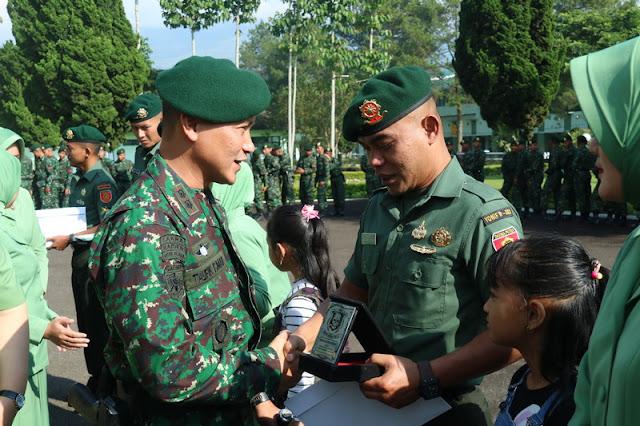 Tradisi Korp Raport Pindah Satuan Personel Yonif Raider 303 Kostrad