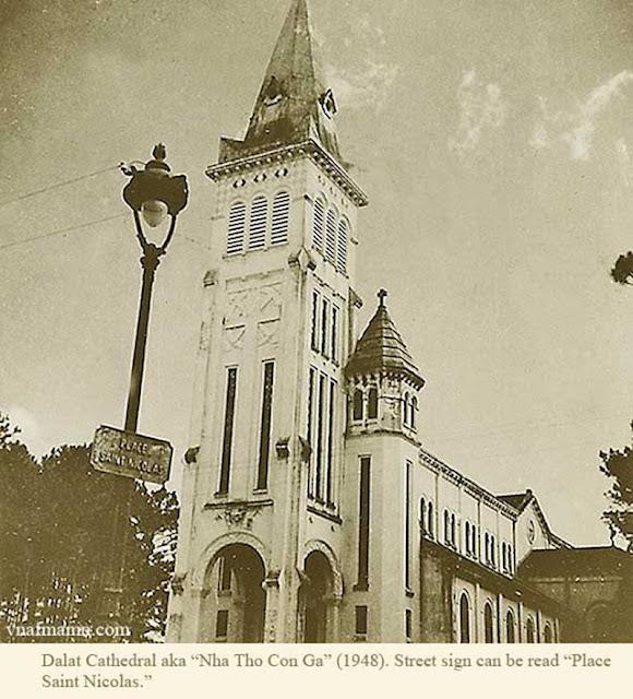 Nhà thờ chánh tòa ( nhà thờ Con Gà)