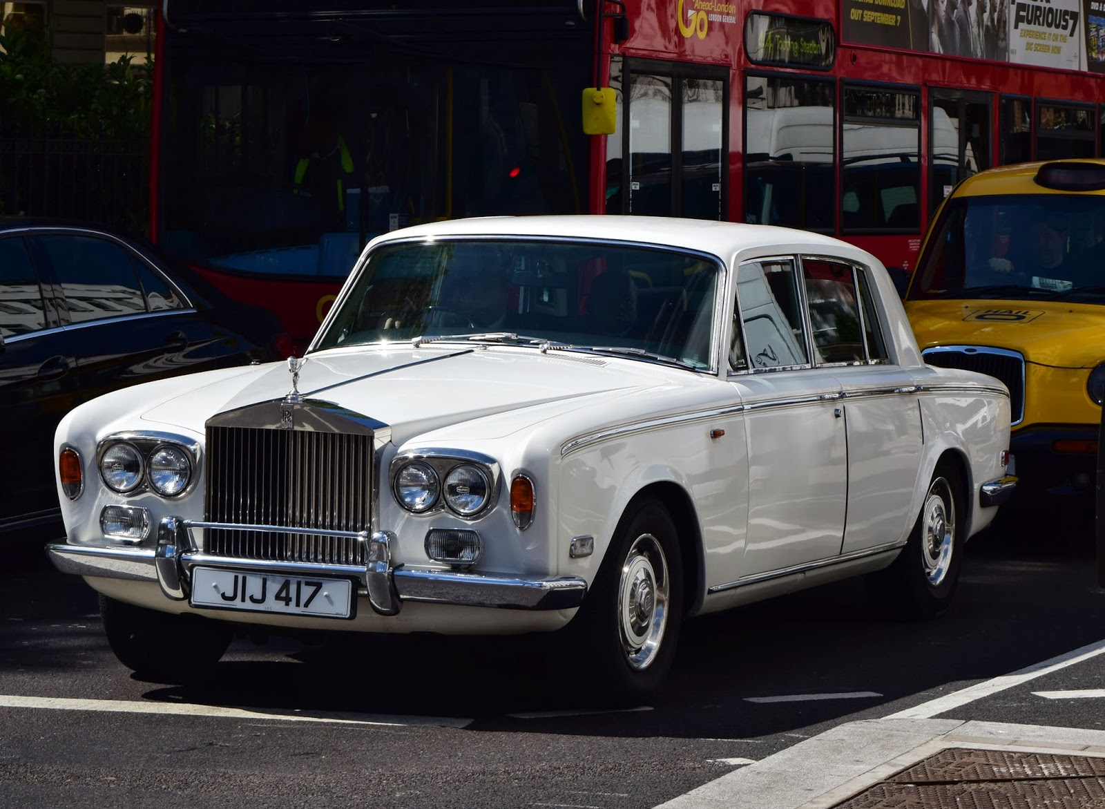 W-wa Jeziorki: More classic cars from London\'s streets