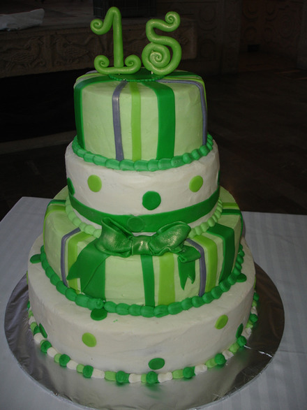 Bizcochos de 15 a os verde cumplea os feliz frases de - Bizcochos para cumpleanos ...