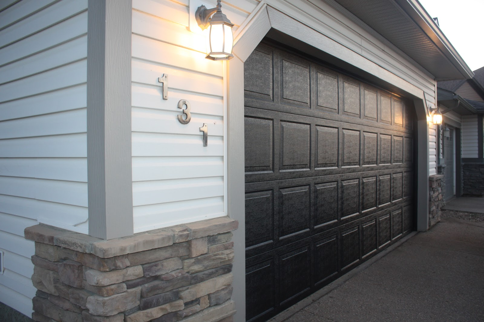 She Re-Purposed It: How to paint your garage & front door!