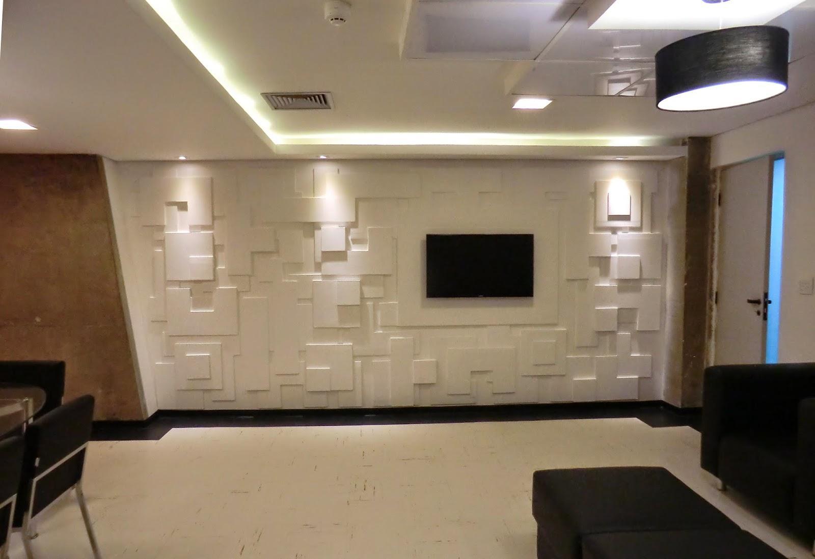 Obras em casa remodela es interiores or amento online for Placas para pared