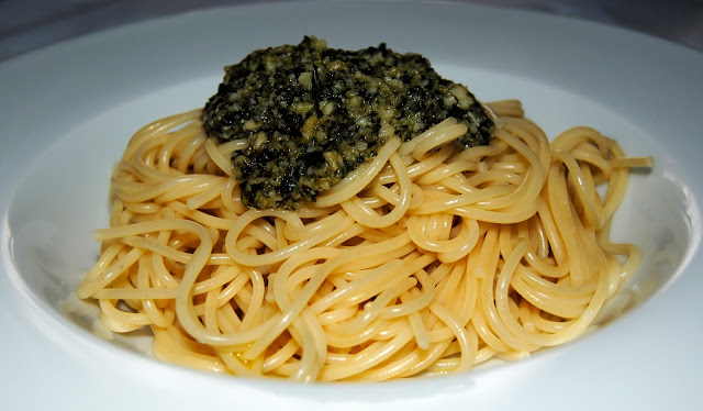 Espaguetis al Pesto alla Genovese