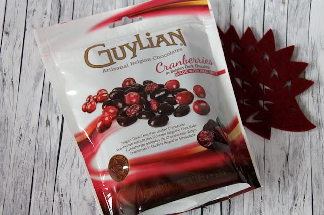 GuyLian Cranberries in dunkler belgischer Schokolade im Standbeutel