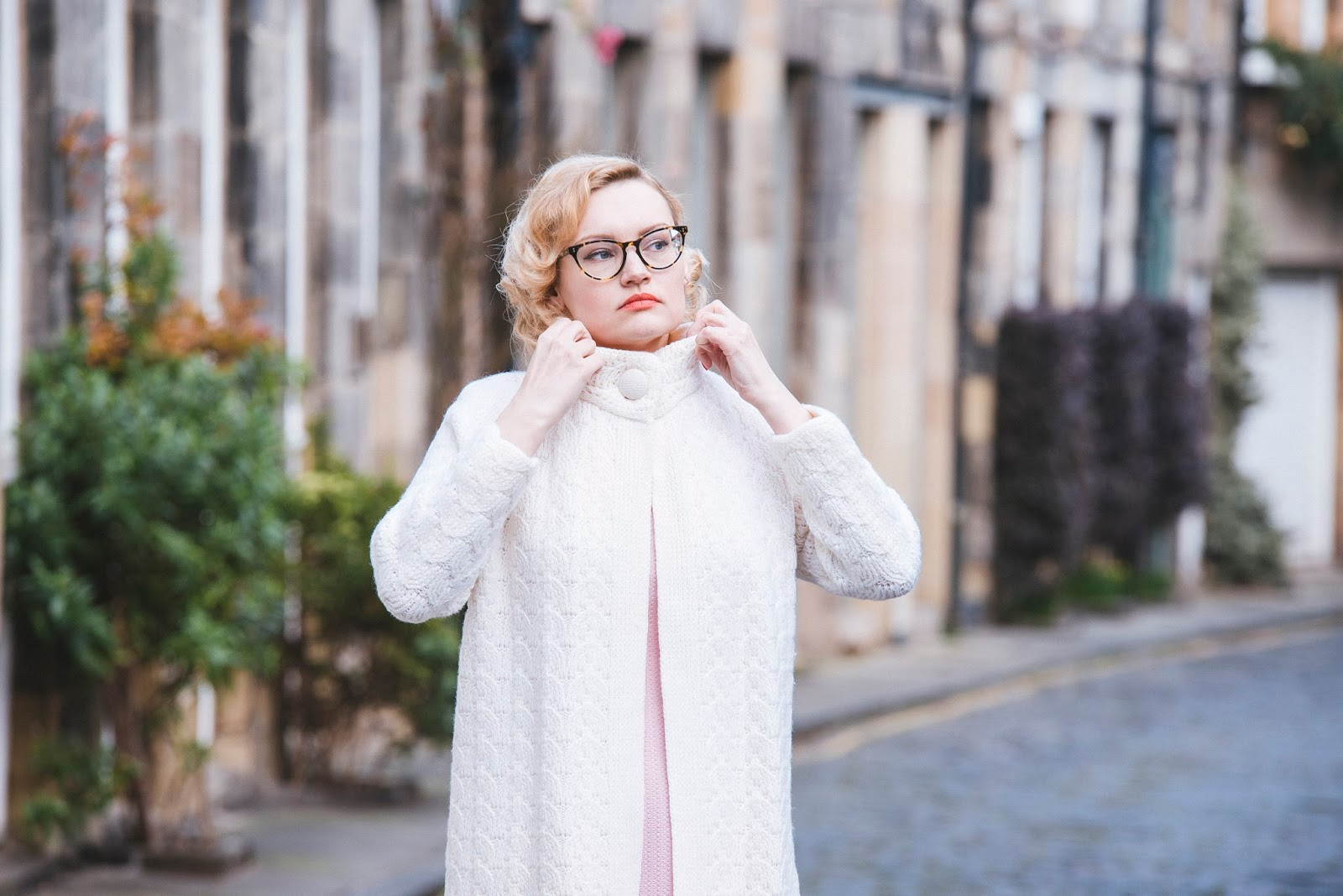 Washington Gwande photography, vintage fashion blogger, vintage 1960s coat and dress in edinburgh, circus lane photoshoot location, thunderbird penelope outfit, pink knit dress, #30wear campaign, caring for vintage clothes, sustainable fashion, ethical fashion, getting wear out of your clothes, thoughtful fashion