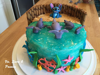 Stitch and Dolphins Cake (Fondant)
