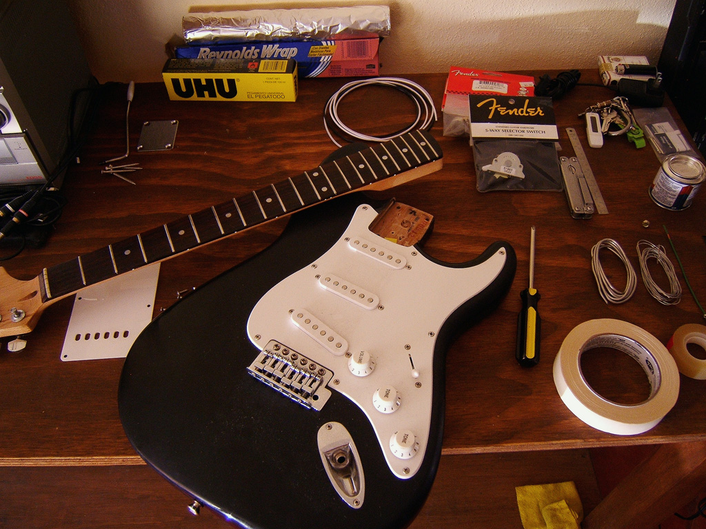 Joe Giampaoli Shielding A Strat Guitar To Eliminate Hum And Emi Noise Japanese Fender 5 Way Switch Wiring Diagram