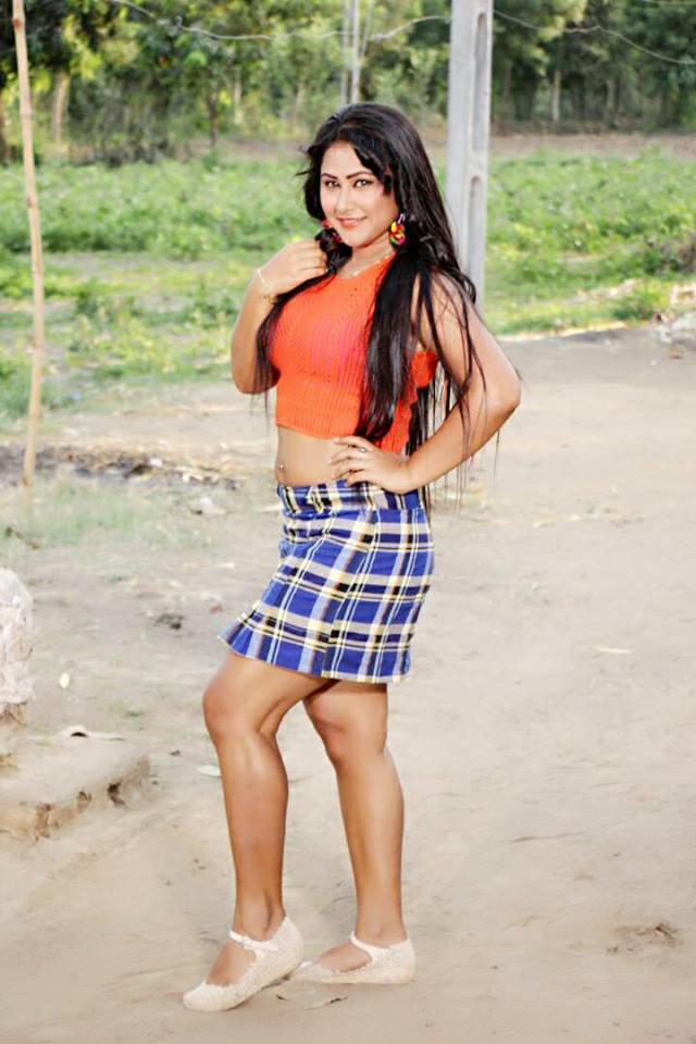 Priyanka Pandit Shoot ON Set Main Sehra Bandh Ke Aaunga pics