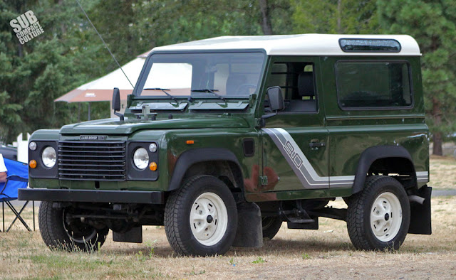 Mint Land Rover Defender 90
