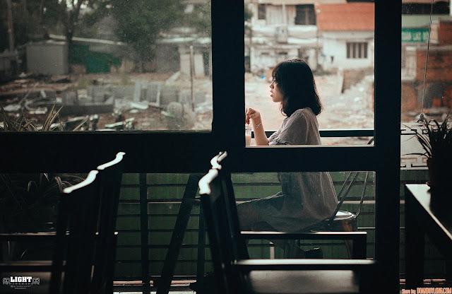Truyện ngắn: Cô gái bàn bên (Chap 4)