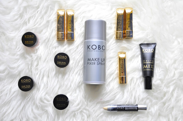 kosmetyczne nowości kobo - pigmenty, rozjaśniacz, pomadki z kolekcji limitowanej