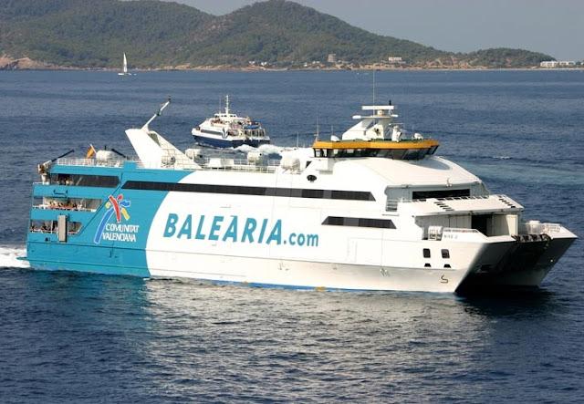 Ferry de Barcelona a Ibiza