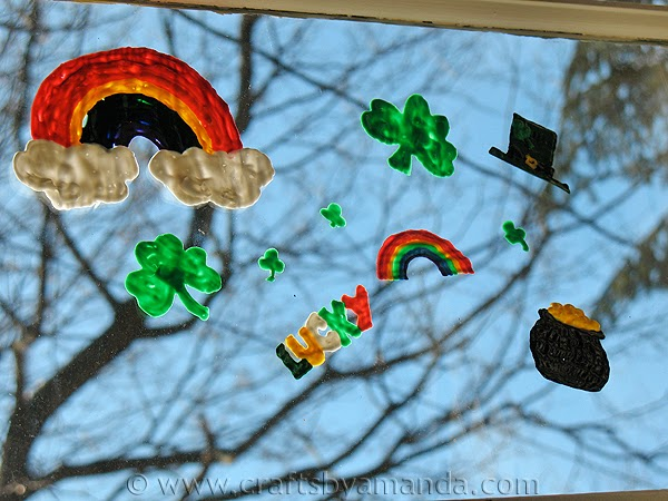 Sowdering About Rainbow Crafts Roundup