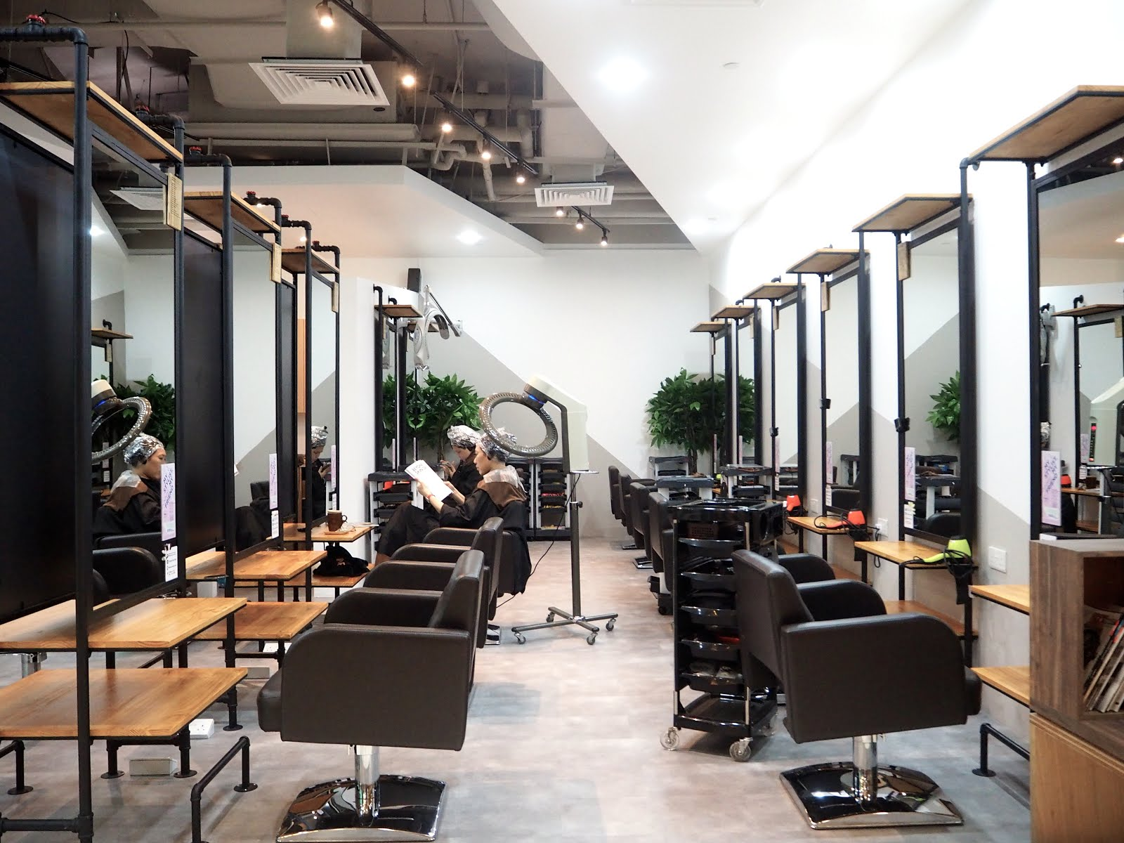 Happy Reviews: 99 Percent Hair Studio - Now at Bedok Point (with nails too!)
