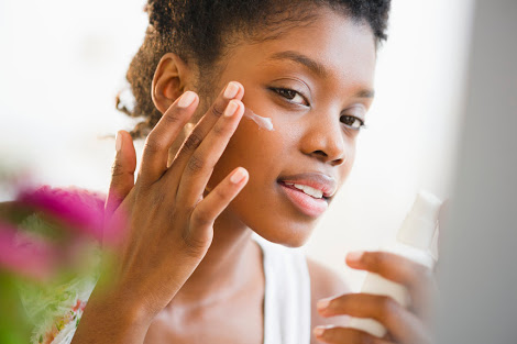 Effective Ways To Moisturise A Dry Skin