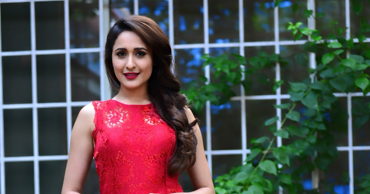 Kanche Heroine Images - Pragya Jaiswal - HD Wallpapers (High Definition) - Free Background