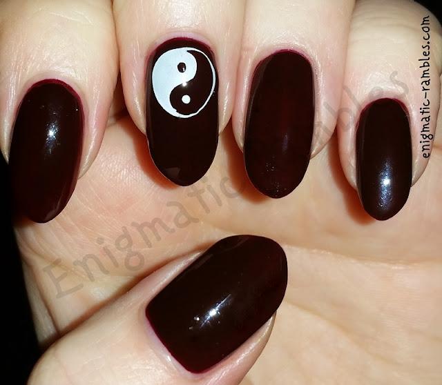 yin-yang-nails-nail-art-stamped-stamping-moyou-94-moyou94