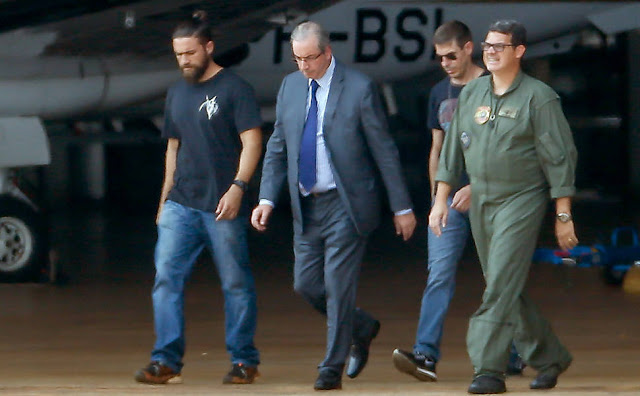 O ex-presidente da Câmara e deputado cassado Eduardo Cunha (PMDB-RJ), que foi preso nesta quarta-feira (19), em Brasília, fará exame de corpo de delito na manhã desta quinta-feira (20) no Instituto Médico-Legal (IML), em Curitiba