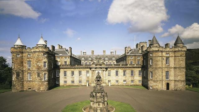 Istana Holyroodhouse, Edinburgh, Skotlandia