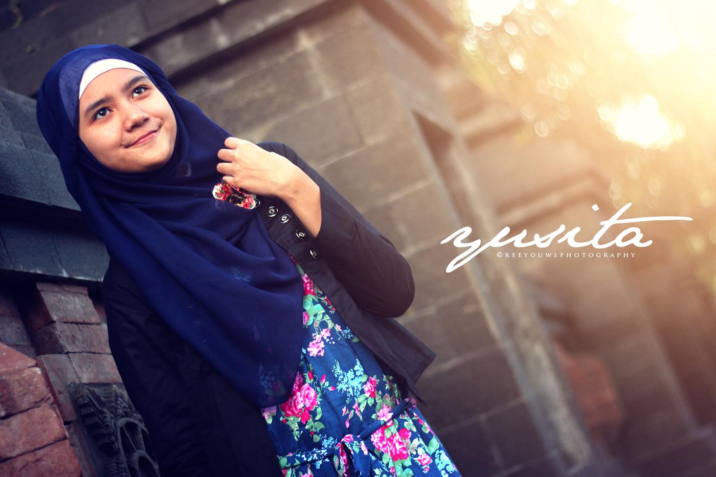 model hijab wajah bulat