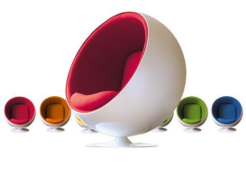 le design selon quan le fauteuil ballon d 39 eero aarnio. Black Bedroom Furniture Sets. Home Design Ideas