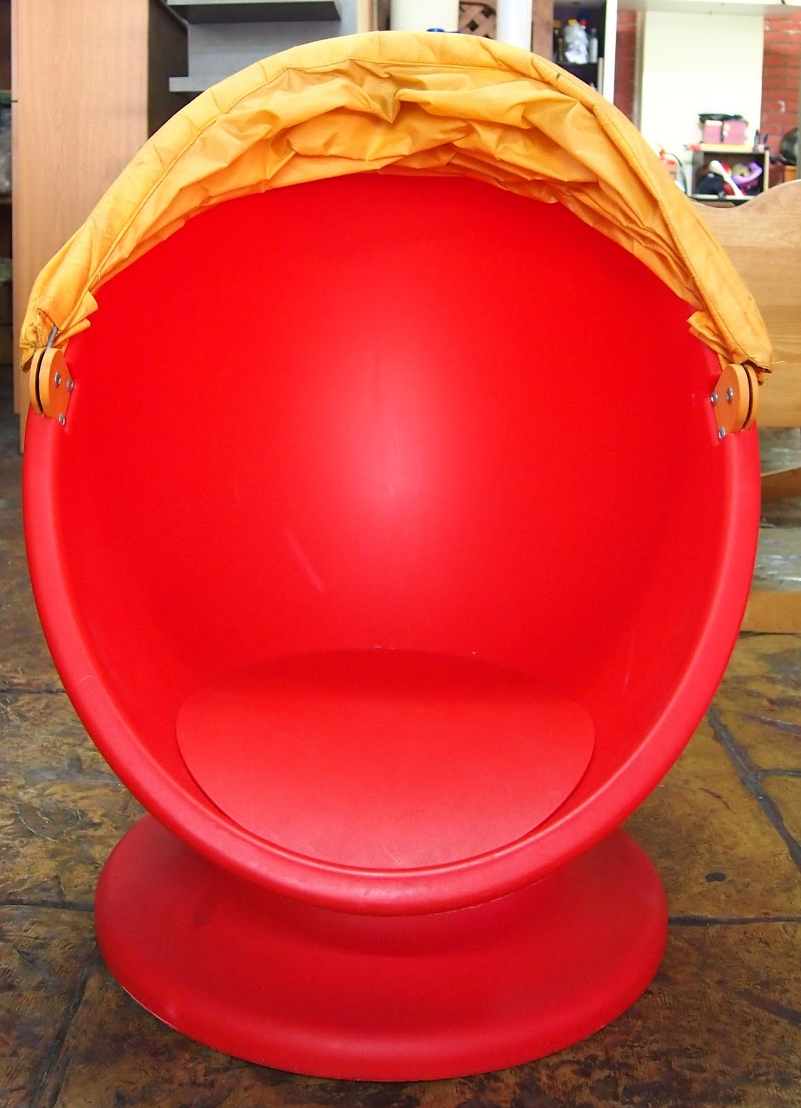 JuaiMurah IKEA Kids Swivel Egg Chair