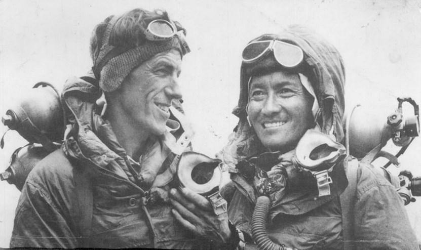 Perlengkapan Gunung Everest