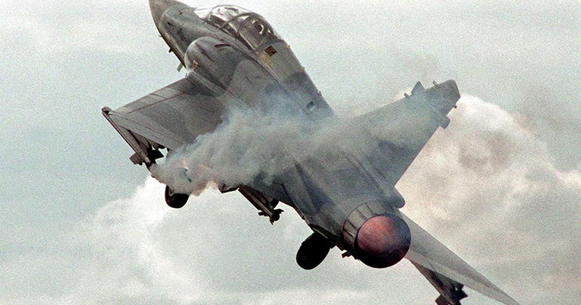 Πλαστό το βίντεο με την «πτώση» του Mirage 2000