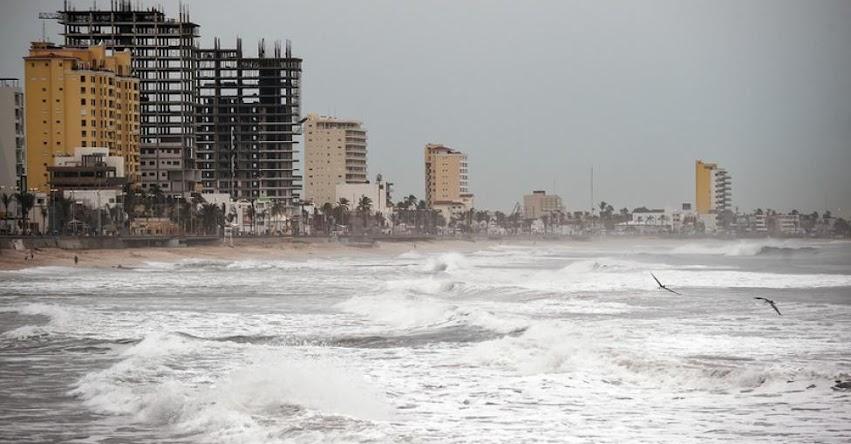 HURACÁN WILLA: Miles de mexicanos son evacuados ante amenaza de la llegada de poderosa tormenta
