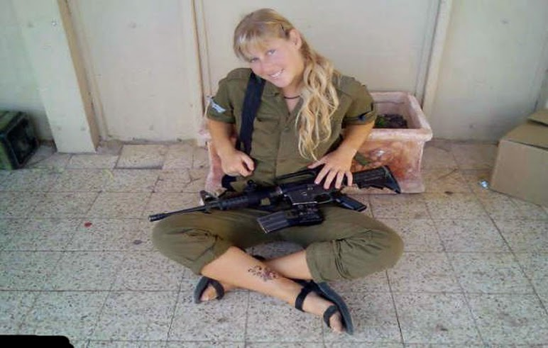 Army Girls 0073