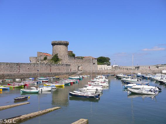 Sendero del litoral. Fuerte de Socoa, puerto de Ciboure.