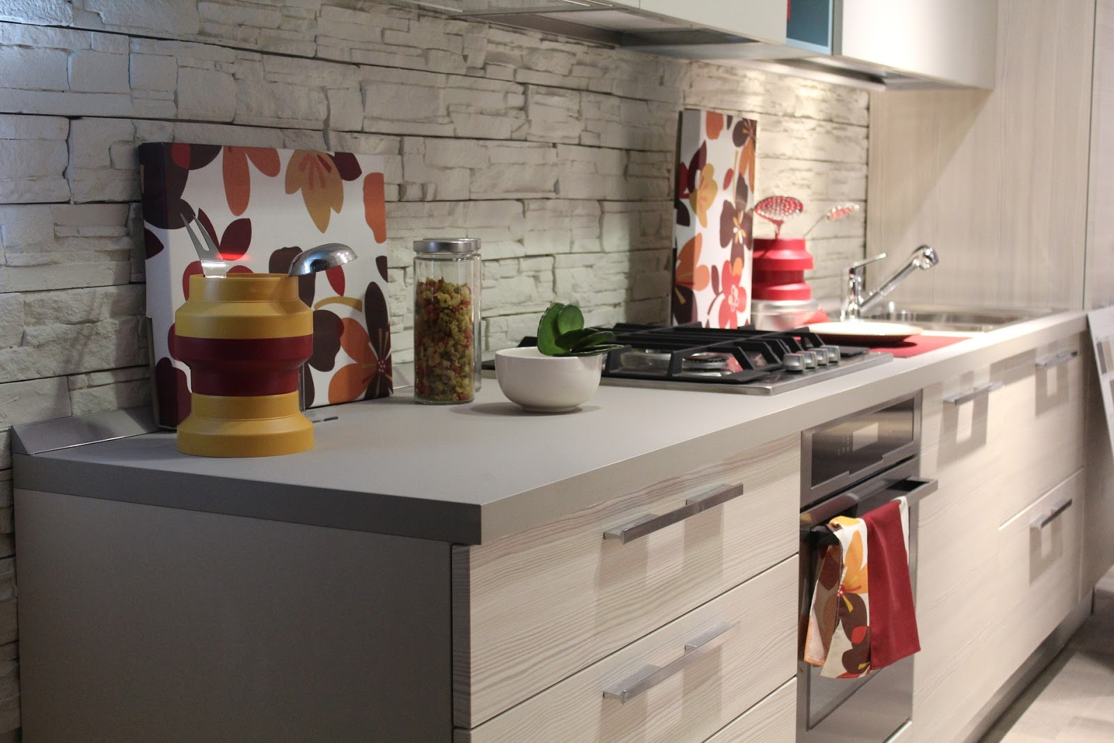 Jasa Pembuatan Kitchen Set Dizar Furniture