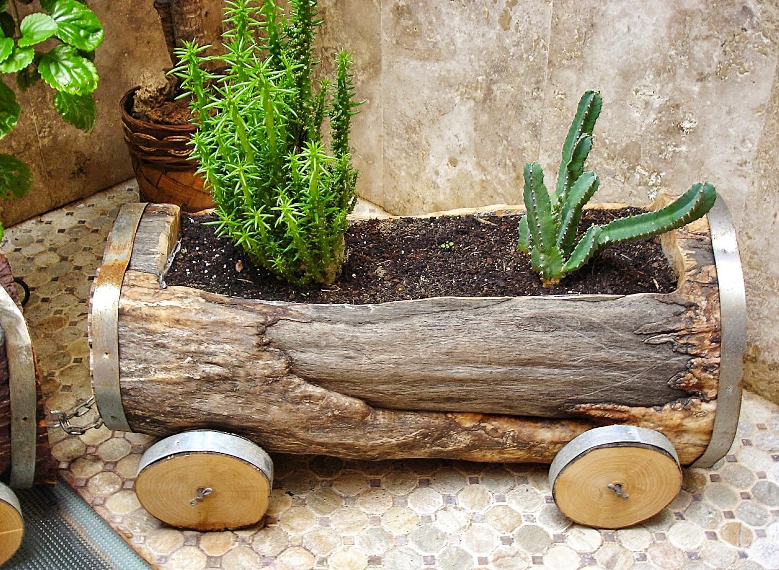 Carpinteria sevilla plantas al tren for Galpon de madera para jardin