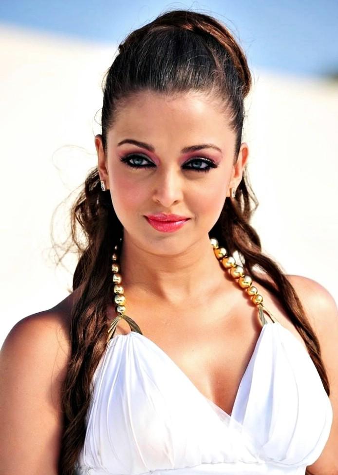 Aisharya naked photo rai