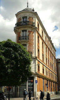 Edificio de Toulouse con esquina en chaflán. ©Selene Garrido Guil